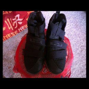 Nike Velcro Close Black High Tops